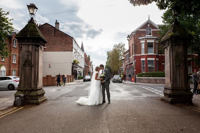 annapaul-lark-lane-wedding-photographer-liverpool-34