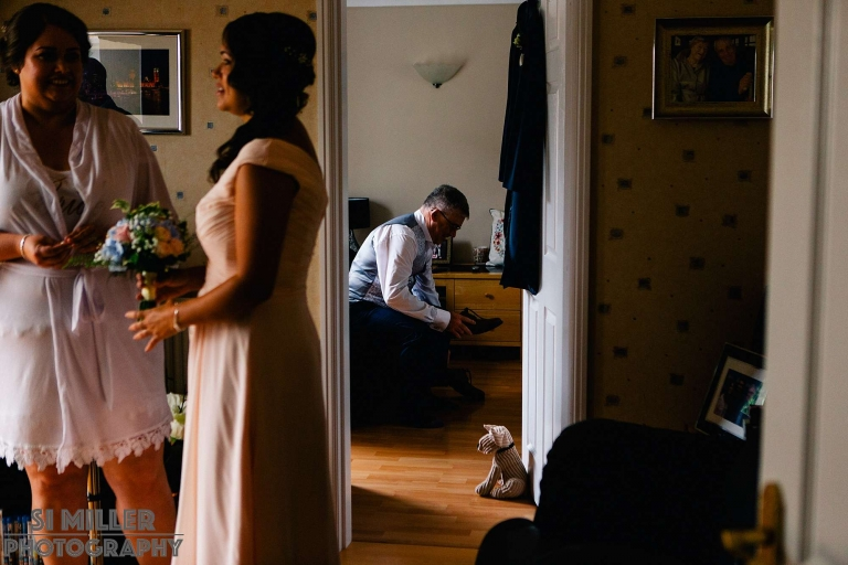Best Preston wedding photographer bridal prep
