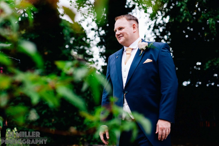 groom portrait before the wedding ceremony at the villa